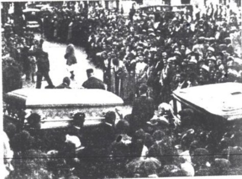 bessie-smith-funeral-procession-e1426130630576