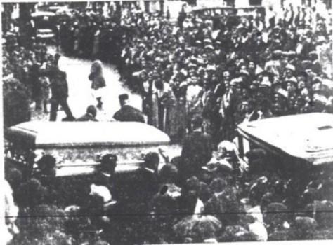 bessie-smith-funeral-procession-e1426130630576