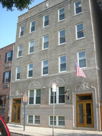 Douglas Hotel - 1409 Lombard Street